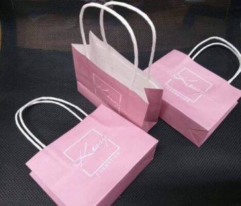 Ứng dụng của túi đựng quà giấy trong đời sống
